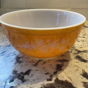 PYREX Golden Butterfly #403 Mixing Bowl